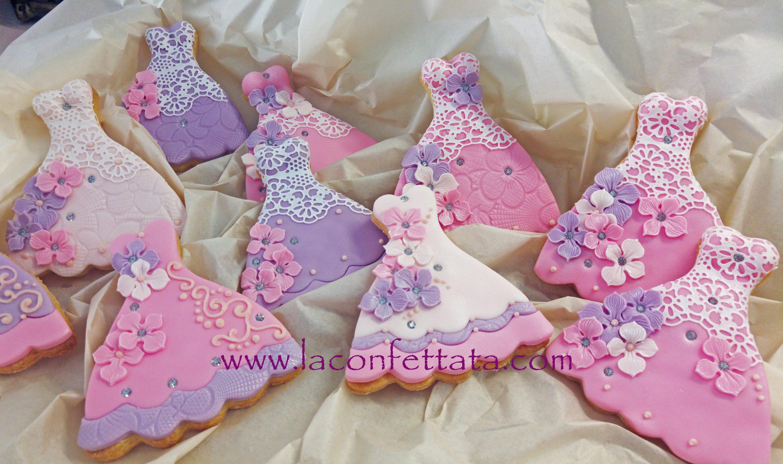 biscotti decorati abitino, biscotti decorati, segnaposto comunione