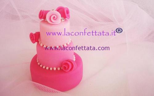 mini-cake-matrimonio-segnaposto-sfumata-toni-rosa-strass-roselline-tinta