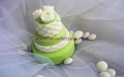 mini-cake-matrimonio-segnaposto-verde-trapunta-roselline