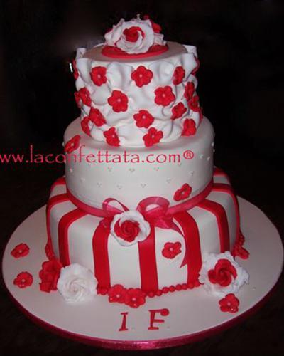 torta-matrimonio-bianco-rosso