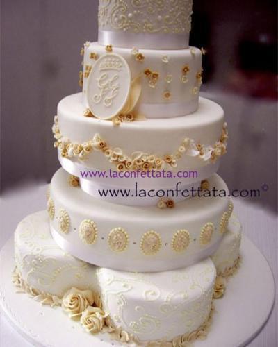 torta-matrimonio-multipiano-decorazioni-avorio